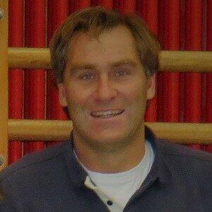 Dr. Gunnar Hansen
